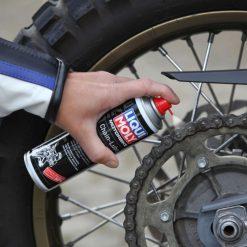 Chai xịt sên Liqui-Moly Motorbike Chain-Lube 1508 250 ml